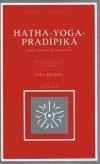 Hatha-Yoga-Pradipika -   La Hatha-yoga Pradîpikâ, ou « petite lampe du Hatha-yoga », est l'un des plus complets traités consacrés à cette science millénaire qui nous soit parvenu. -  Hatha-Yoga-Pradîpikã - Stephen Frey -  Yoga - Collectif - Libristo